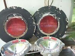 2 Railroad Crossing Signal Lights Safetran Systems Corp 24