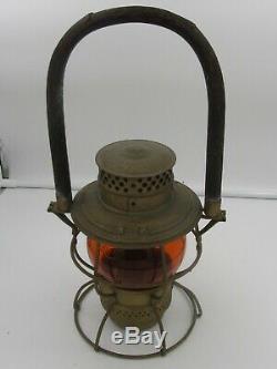 Adams & Westlake Adlake No 200 Amber Globe CWP&S Railroad Lantern Wood Handle