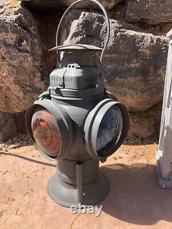 Adlake Non-Sweating Vintage Lamp/Railroad Lantern