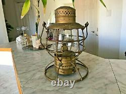 Antique LS & M SRY The Adams & Westlake co. Chicago NY Railroad Lantern