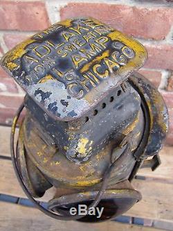 Antique PENNSYLVANIA RAILROAD ADLAKE CHICAGO Oil Lantern w
