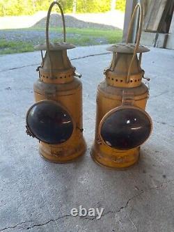 Antique RAILROAD ADLAKE CHICAGO Oil Lantern w Burner PRR lamp