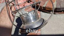 Colorado & Southern A&w Bell Bottom Railroad Lantern Cast X-base Globe Nice