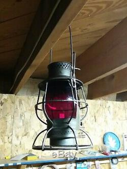 DL&W Tall Railroad lantern with Red cast globe Adlake reliable