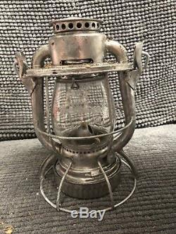 Dietz vesta railroad lantern