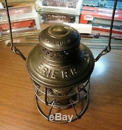 ERIE RAILROAD Lantern CT HAM No. 39 RAILROAD ERIE RR PATENTED DEC 26 1893