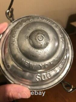 Hard To Find Double Embossed Armspear Top And Globe Soo Line Railroad Lantern
