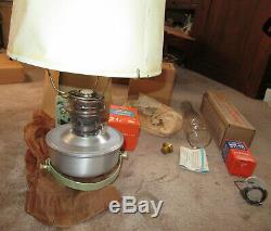 New NIB NOS Vtg Aladdin Railroad Caboose Model B-400 Coal Oil Lamp Wall Bracket