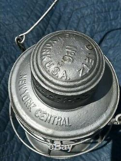 New York Central embossed globe Dietz bell bottom railroad lantern No. ^6