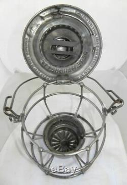 PERE MARQUETTE RAILROAD LANTERN Red Lantern Globe