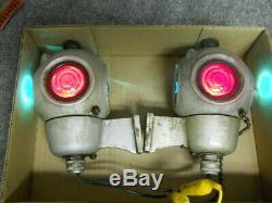 Pair Railroad Caboose or Passenger Car Marker Lights 12 Volt Pyle National DB