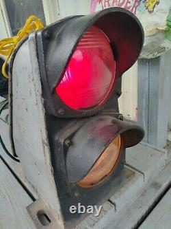 Rare Antique General Railway Signal Co. Double Light Signal 17x16x12