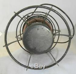 SOUTHERN PACIFIC RAILROAD LANTERN Signal Yellow Etched SPCO Lantern Globe
