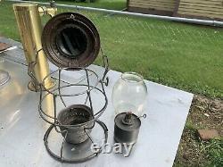 Texas & Pacific Railroad Lantern WithMarked Globe