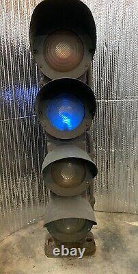 US&S Dwarf Railroad Train Light Traffic Green Yellow Red Lunar Lenses