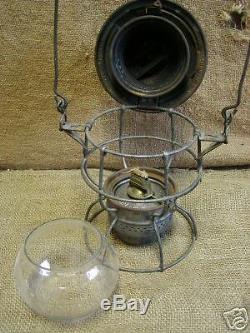 Vintage CNR Railway Railroad Lantern w Clear Globe