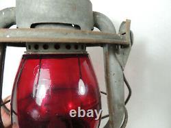 Vintage Delaware Lackawanna & Western Railroad Dietz Vesta Red Globe Lantern