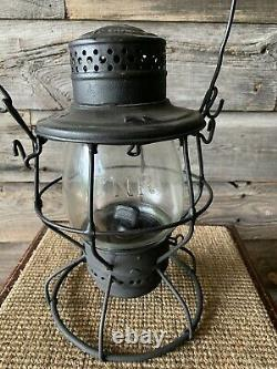 Vintage Railroad/Railway Lantern CNR Tall Globe Lantern