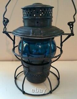 Vintage SOO LINE Railroad Lantern with Blue Adlake Kero CNX Globe